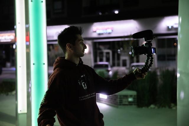 Rijk worden als vlogger op YouTube